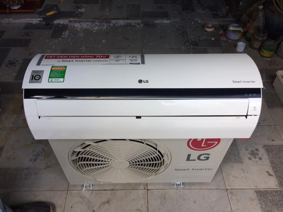Máy lạnh LG Inverter V10ENQ 1HP mới 99%