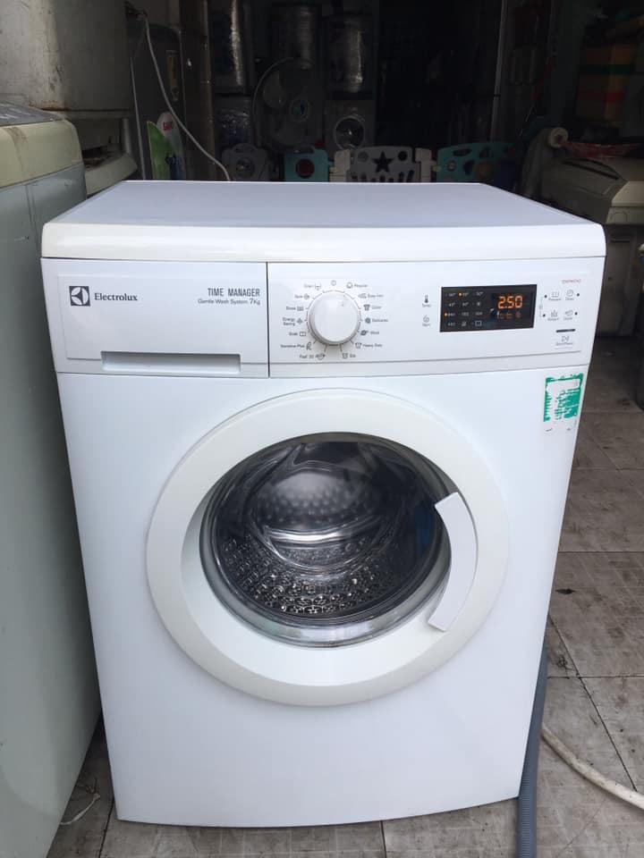 Máy giặt Electrolux (7kg) EWF 85742