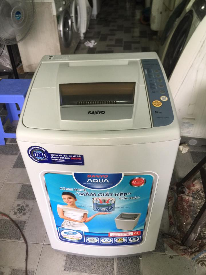 Máy giặt Sanyo Asw-68S1T 6.8kg mới 95%