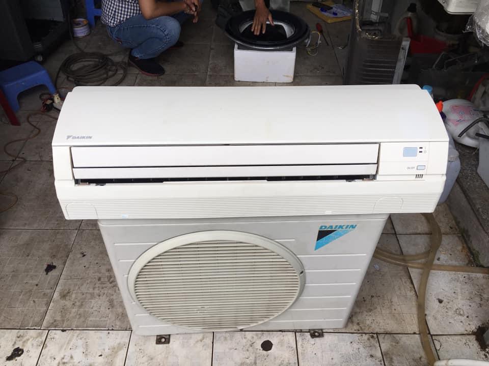 Máy lạnh Daikin (1HP) FTE25LV1V