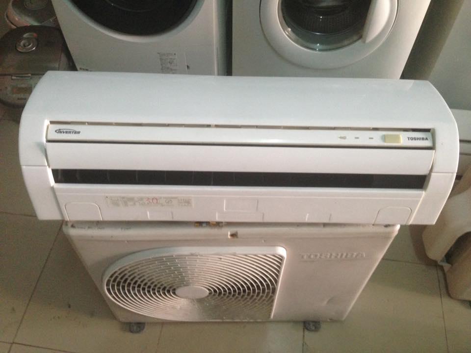 Máy lạnh Toshiba RAS-225G - 1HP inverter tiết kiệm điện gas R410 mới 95%