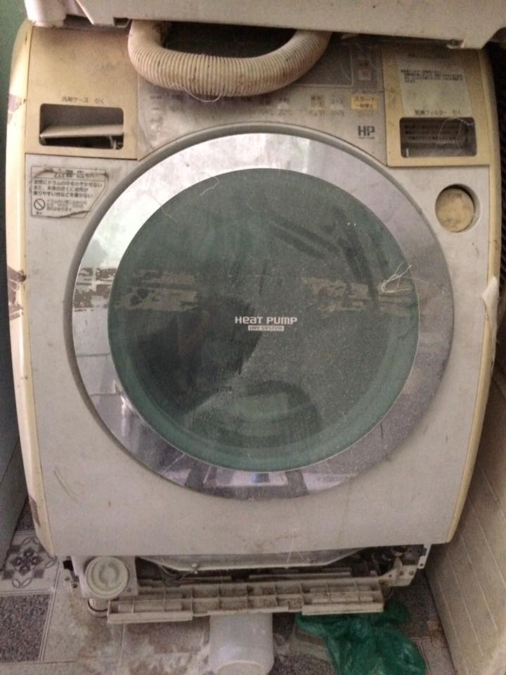 Mua máy giặt cũ quận Bình Thạnh giá cao
