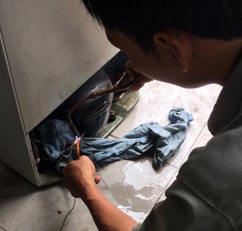 Sửa tủ lạnh hư lốc TPHCM