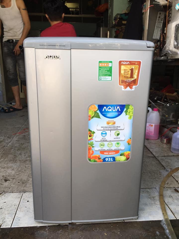 Tủ lạnh Aqua (93 lít) AQR-95AR