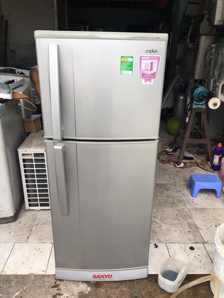 Tủ lạnh Sanyo (165 lít) không đóng tuyết SR-S185PN