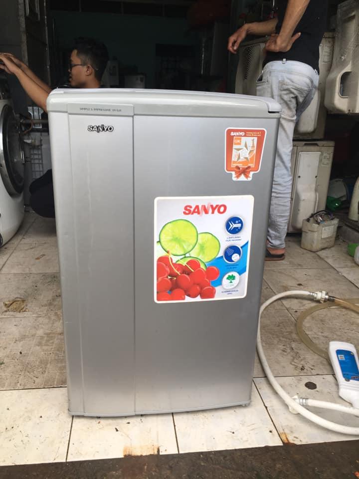 Tủ lạnh Sanyo (90 lit)